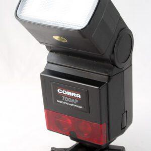 Cobra 700AF Flashgun + grip
