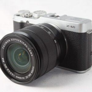 Fuji X-M1 + 16-50mm