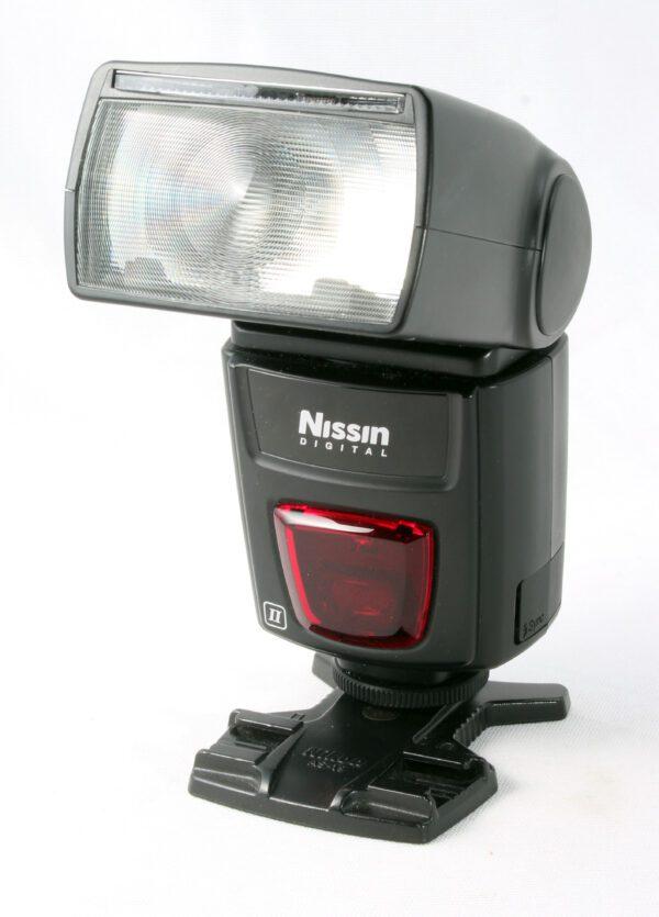 Nissin Di622 flashgun