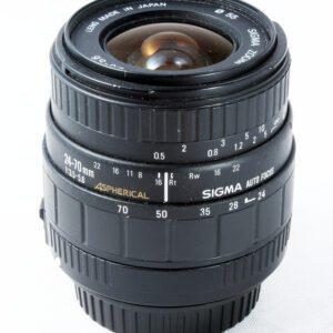 Sigma 24-70mm f3.5-5.6 CAF