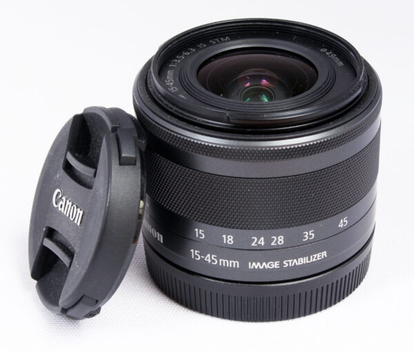 Canon M 15-45mm f3.5-5.6 STM