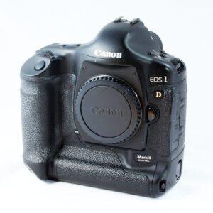 Canon EOS 1D MkII body