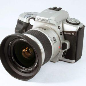 Minolta Dynax 5 28-80mm