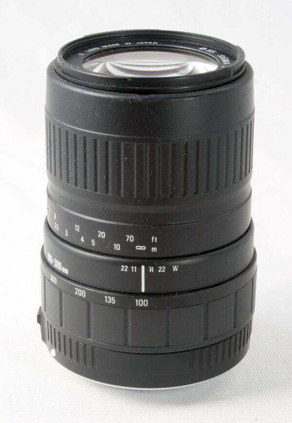 Sigma 100-300mm f4.5-6.7 SA/KPR